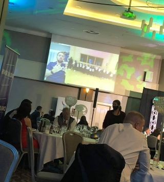 Links to clubs helps raise awareness at the NI Fish and Chips Awards.   Thanks to our friend @cbenson_11 from @carrickrangers we linked with his brother to promote #mentalhealthawareness and raise a few ££££.   Mental Health is all about relationships   Thank you buddy for making the link